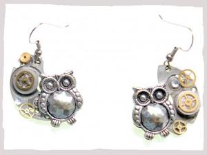 Halfmoon Owl earrings from BeeBull Designs