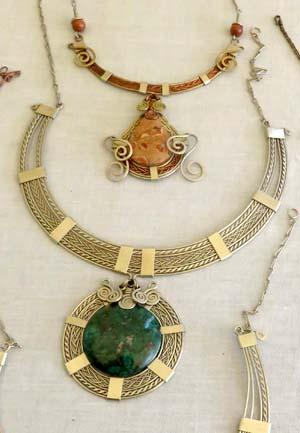 Handmade Peruvian jewelry by Edú Muñoz